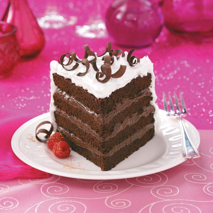 4-слойный шоколадный торт