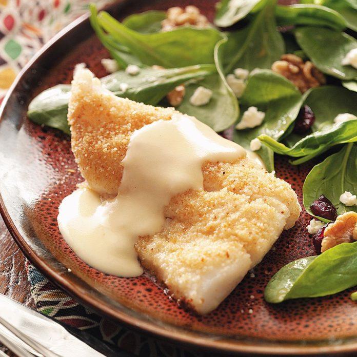 Запеченная рыба с сырным соусом на двоих