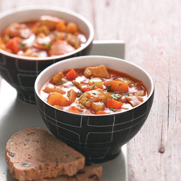 Куриный суп с карри на двоих